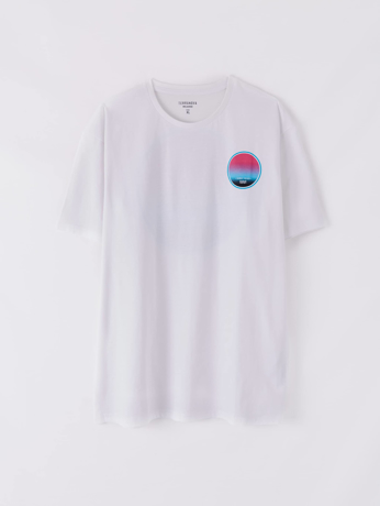 Picture of T-shirt with print front and back